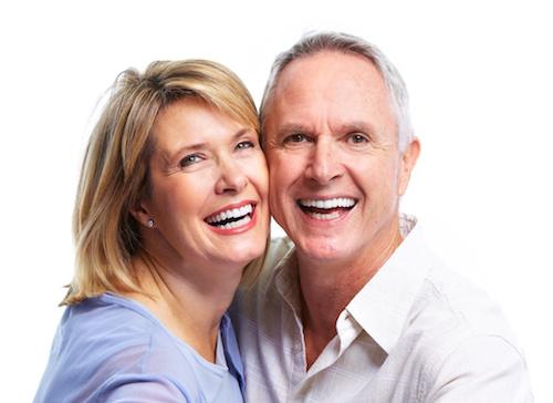 Smit Tandprothetiek - Nieuwe methode Klikgebit op implantaten nu mogelijk in een dag